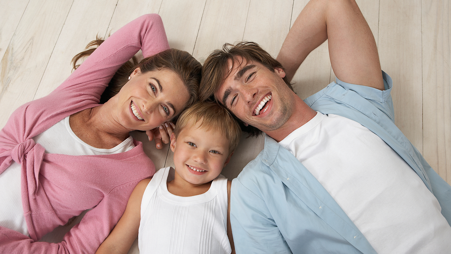 Smiling Family - Ideal Dentistry